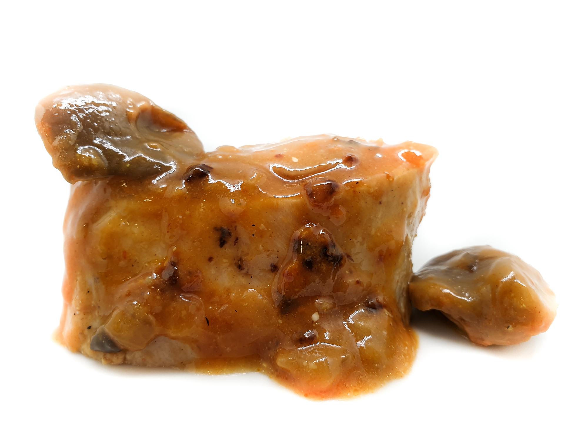 Pollo en salsa de coñac con setas